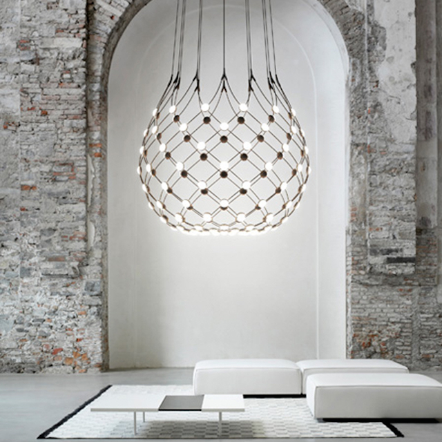 Lighting love | Eikelenboom | Mesh by Luceplan