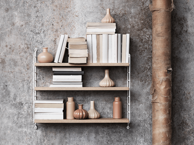 String Pocket | Bookshelves