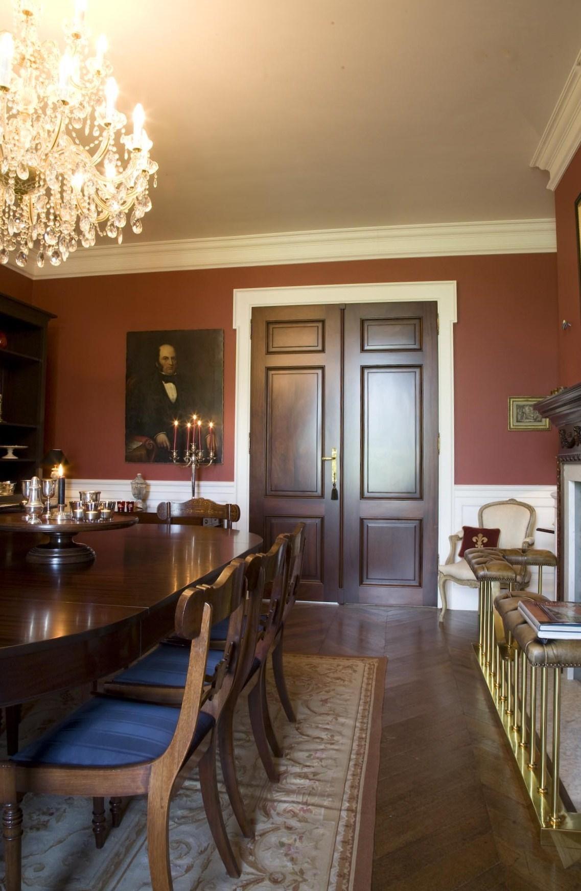 Landhuis in Engelse stijl  inrichting door Lefvre Interiors