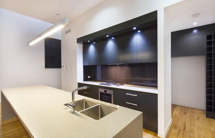 Zwarte keuken fotos  Voorbeelden en inspiratie tips
