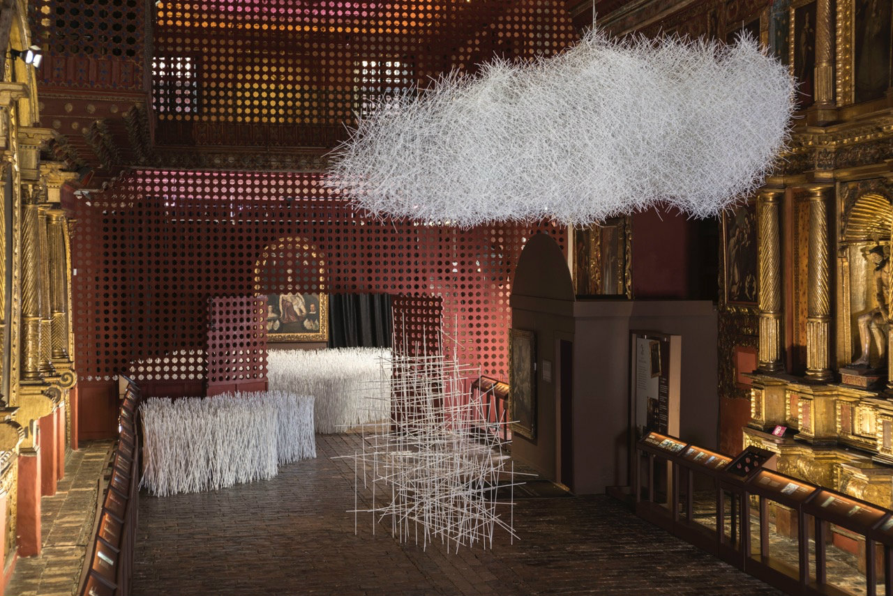 Arte contemporáneo y barroco se encuentran en esta atractiva muestra. Fotografía: Óscar Monsalve.