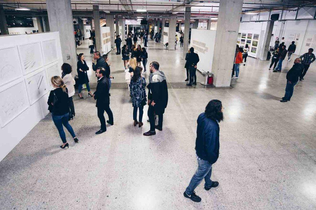 La Feria del Millón nace con la finalidad de visibilizar el trabajo de artistas plásticos emergentes que no tienen dónde exponer. Fotografía: cortesía FDM