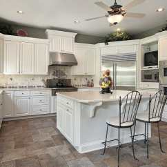 White Kitchen Floor Plum Decor 49 Wonderful Bright Kitchens Pictures Taupe Paint Above The Cabinets Dark Accent Tiles Dotting Backsplash And Natural Stone Installed In An Offset Pattern Add Air Of