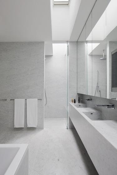 Nixon Tulloch Fortey marble house bathroom