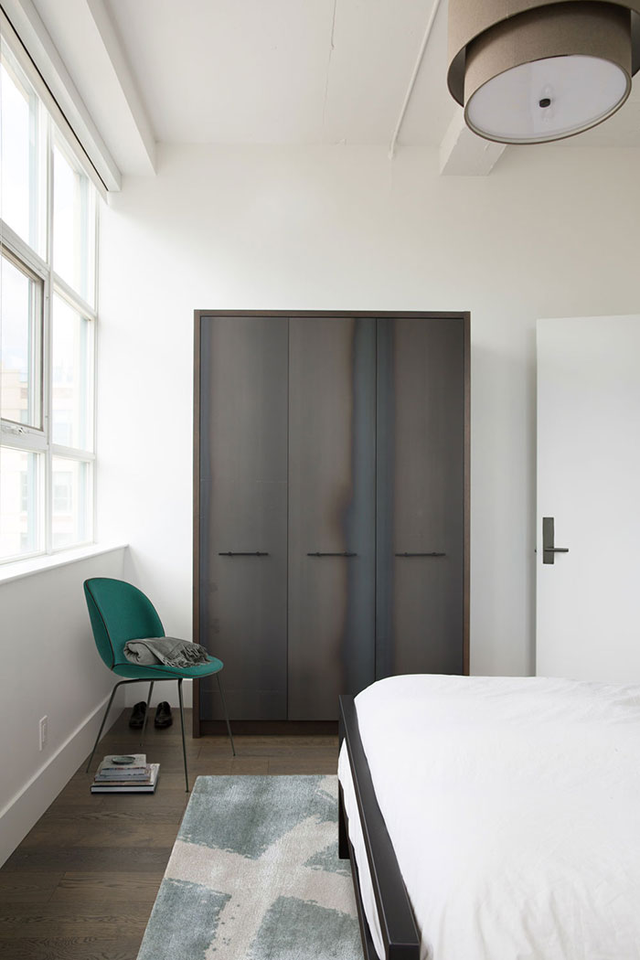 INTERIOR CRAVINGS MODERN INDUSTRIAL LOFT BY CROMA BEDROOM 2