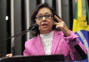 Em discurso na tribuna do Senado, senadora Lídice da Mata (PSB-BA)