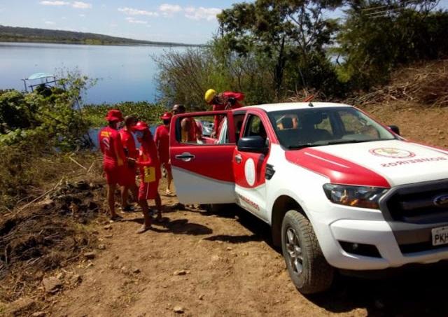 5 pessoas desaparecem após embarcação virar no rio Paraguaçu ...