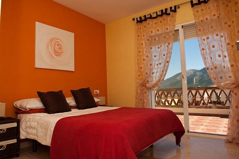 Orange Bedroom Design  Interior Designing Ideas