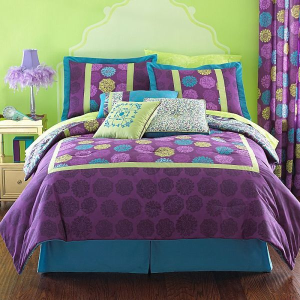 Purple And Green Bedding Bedroom Interior Designing Ideas