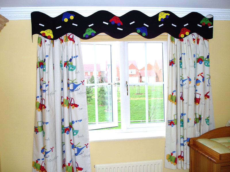 Curtains that will suit your kids bedroom  Interior