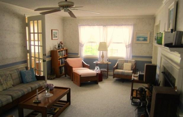 spacious-living-room