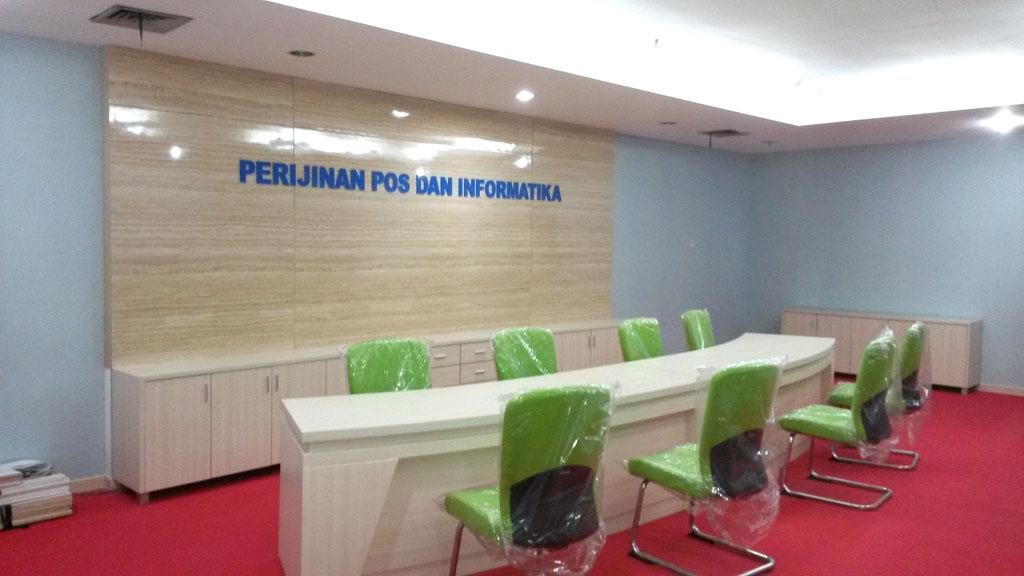 Meja Kantor  Interior Furniture Jakarta 08128646304 WA