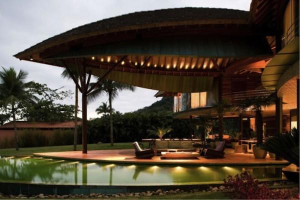 Luxury Leaf House by Mareines + Patalano = Arquitetura   InteriorHolic.com