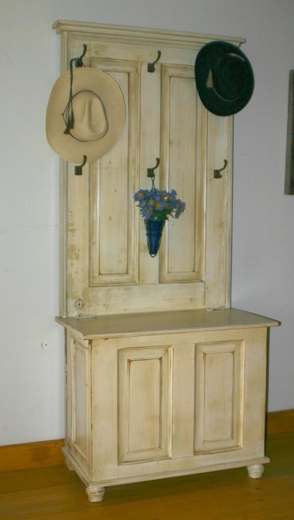 Vintage Furniture of Old Doors  InteriorHoliccom