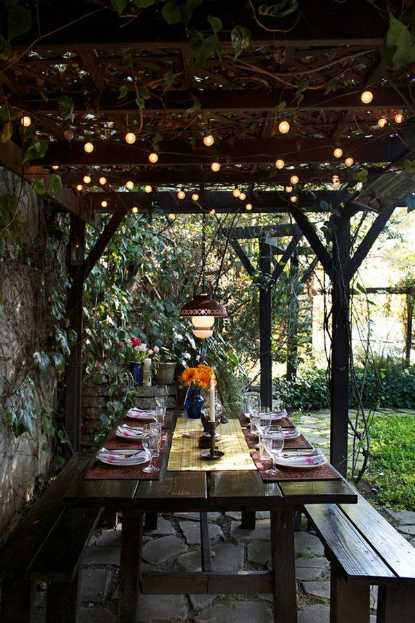Festive Outdoor Dining Area Decor Ideas  InteriorHoliccom