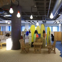 Water Lounge Chairs Chair Outdoor Stool Working Space: 10 Incredible Google Offices | Interiorholic.com
