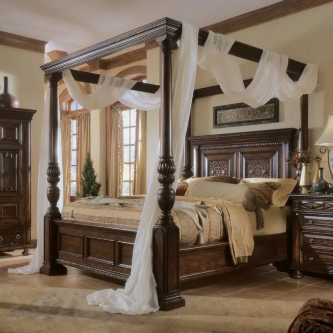 classic-canopy-beds-962x962