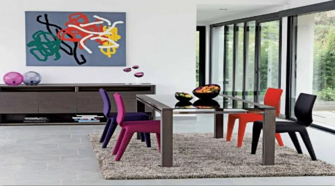 colorful-dining-chairs