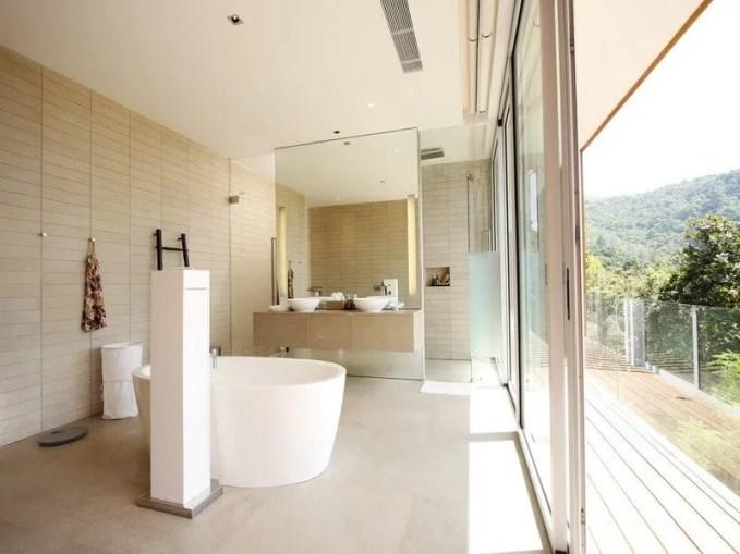 pleasant-contemporary-bathroom (Copy)