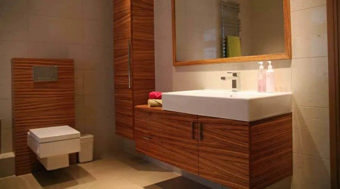 46_904bespoke-bathroom-furniture-including-a-vanity-unit-with-tall-ccupboard-and-cistern-unit