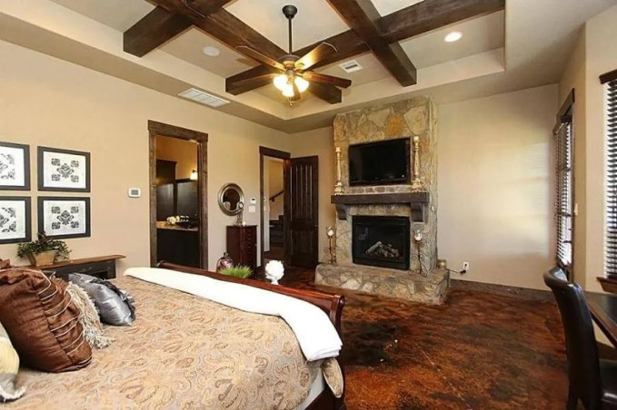 Formal Bedroom with Roof Beams