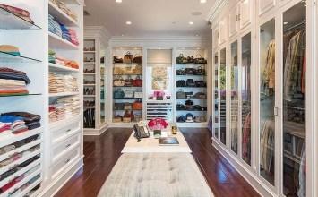 10 Stylish and Chic Walk-In Closet Interior Design Ideas