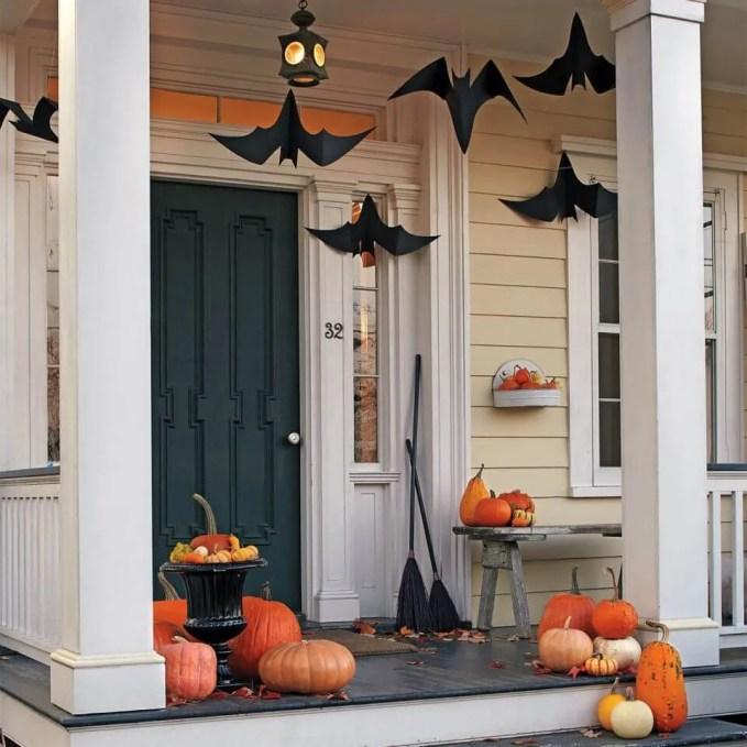 Creepy Hallowen Porch Idea