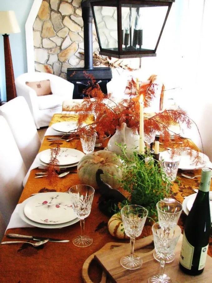 Original_Lauren-Liess-Thanksgiving-fall-table-settings-centerpiece_s3x4_lg