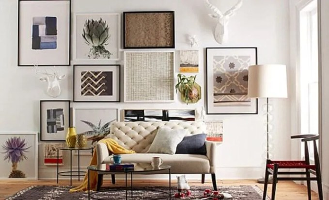 Use Gallery Wall To Create Dramatic Effect