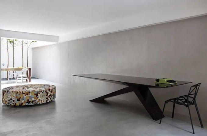 Amazing Minimalist Dining Room
