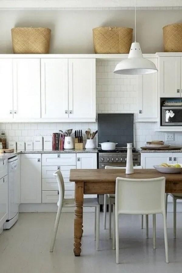 Briliant Scandinavian Rustic Kitchen