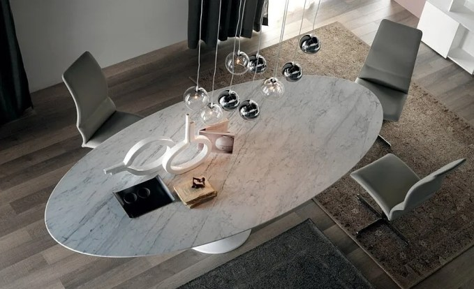 Marble-top-of-the-Reef-dining-table