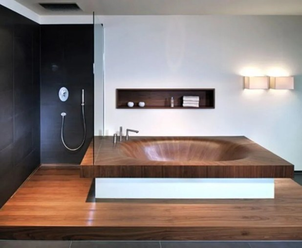 Splendid Wooden Bathtub