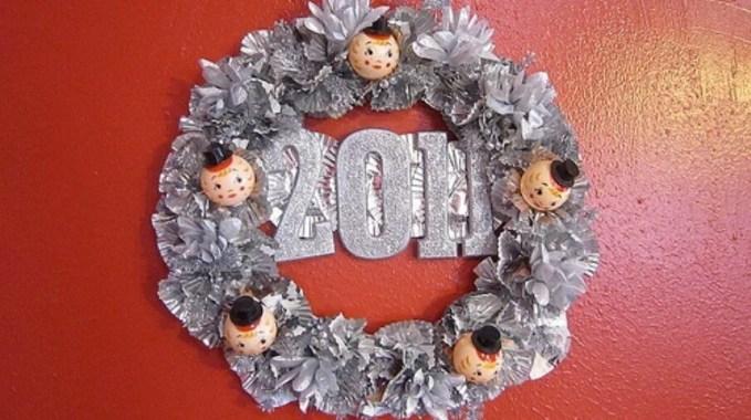 Cute New Year Wreath