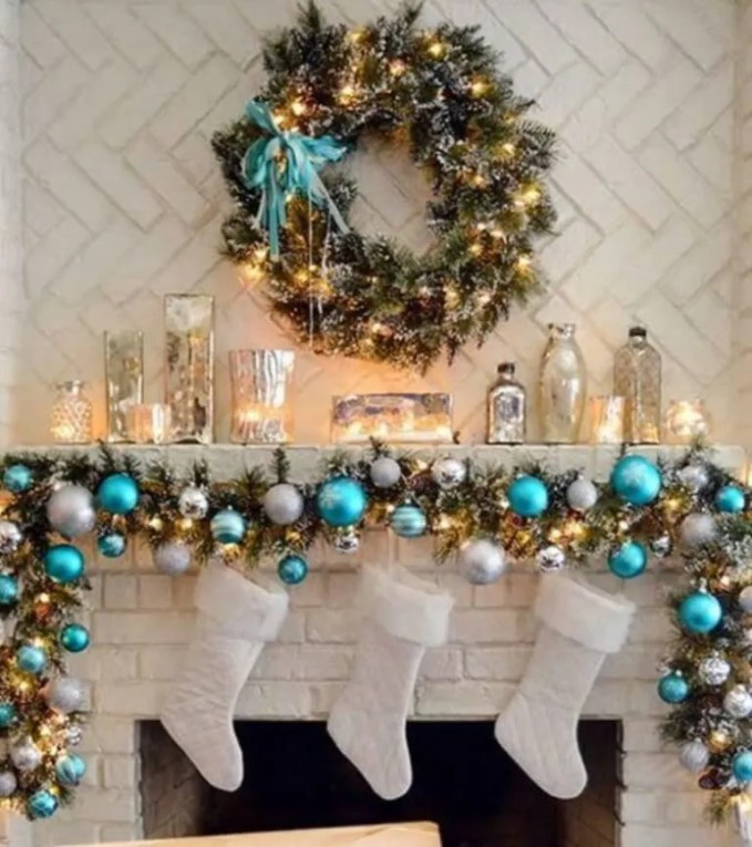 Lively Christmas Garland