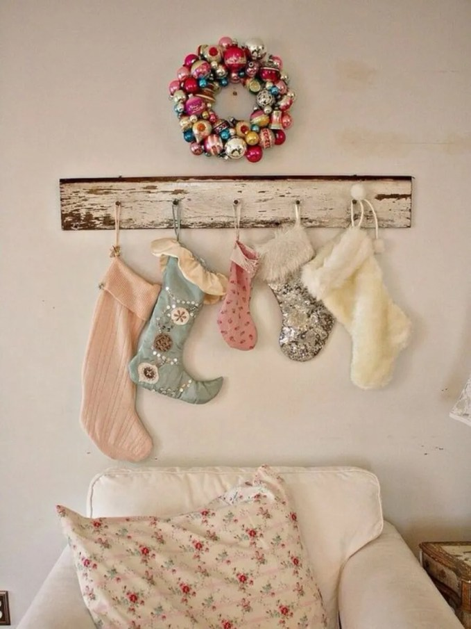 christmas-stockings-and-ideas-to-use-them-for-decor-24-554x742
