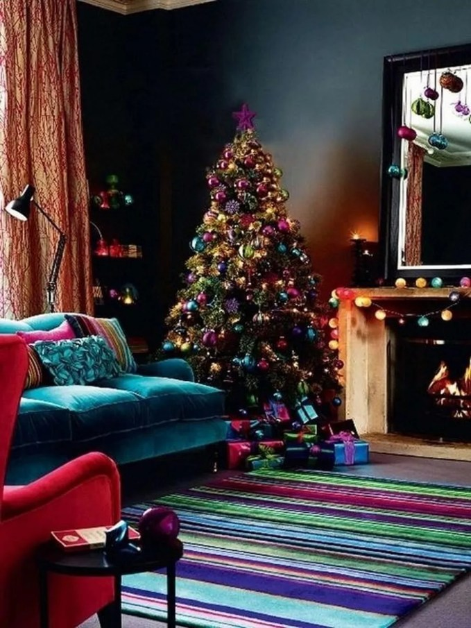 dreamy-christmas-living-room-decor-ideas-36