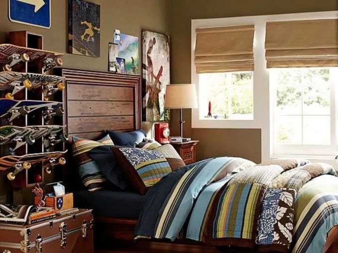 Skateboard Teen's Boy Bedroom