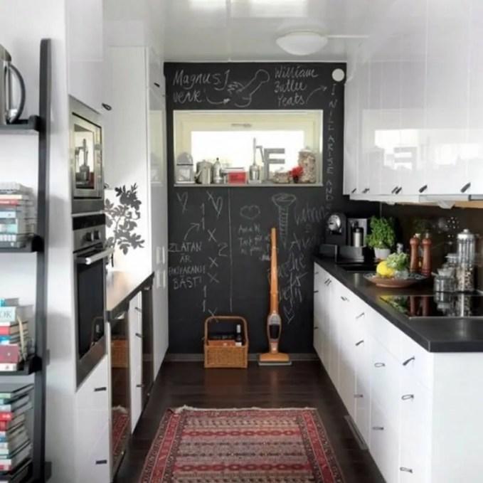 creative-chalkboard-ideas-for-kitchen-decor-9-554x554