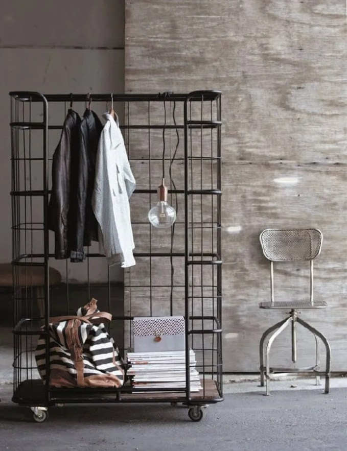 rolling-garment-rack-industrial-style-portable-closet-692x900