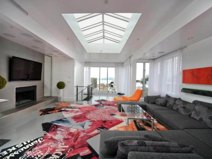 Bold Living Room with skylight