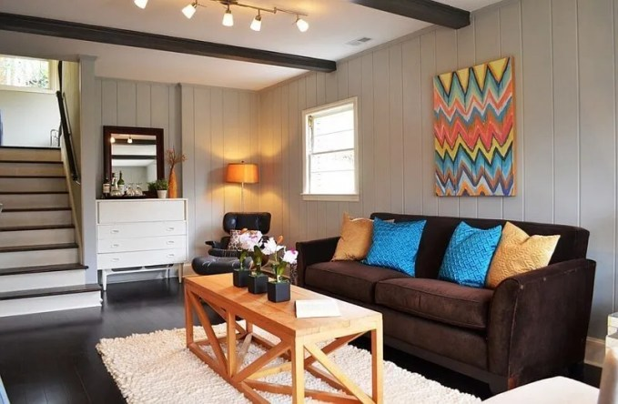 Neutral Living Room with Chevron Artwork