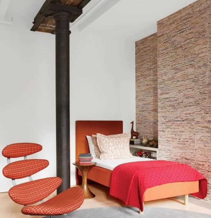 Sleek White Contempoary Bedroom