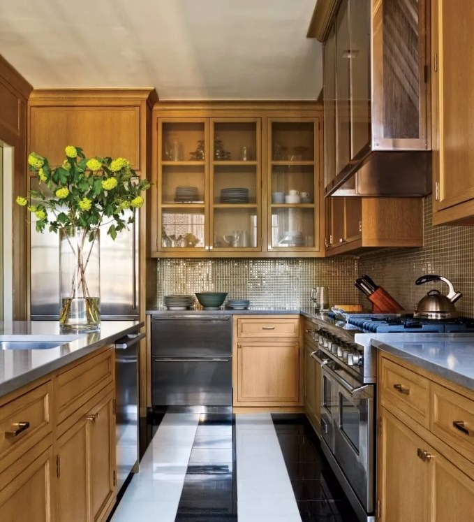 Traditional Kitchen With Glass Kitchen Cabinets