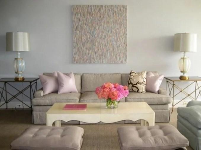 airy-and-elegant-feminine-living-rooms-36-554x415