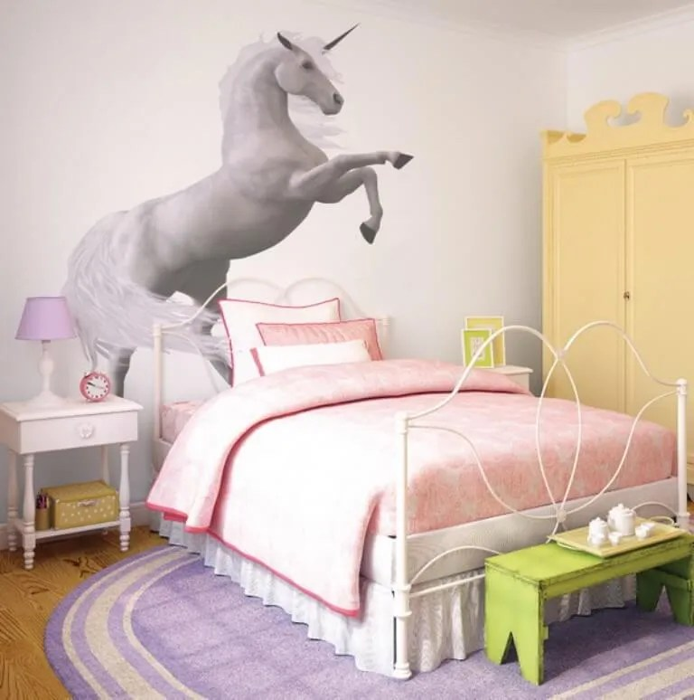 9 unicorn inspired bedroom for girls - https://interioridea/