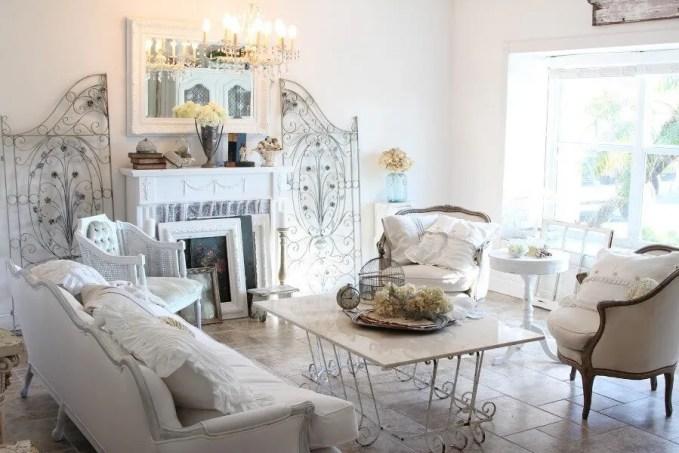 Feminine Shabby Chic Living Room
