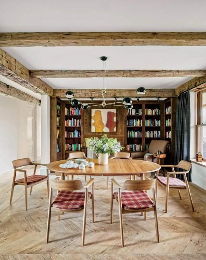 Loose Farmhouse Dining Room