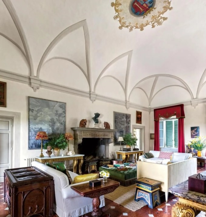 Tuscany Livign Room with Arched Ceiling