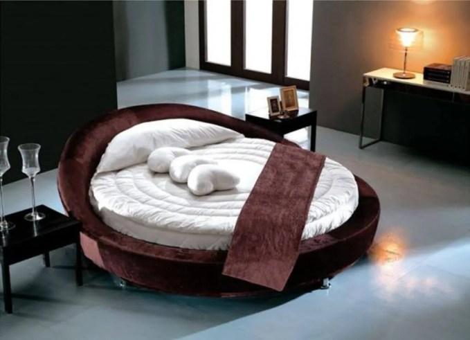 Velvet Red Round Bed